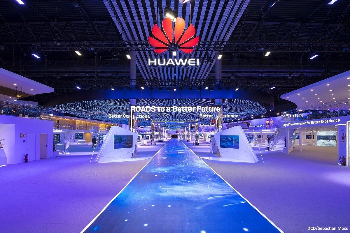 Huawei DCD Sebastian Moss