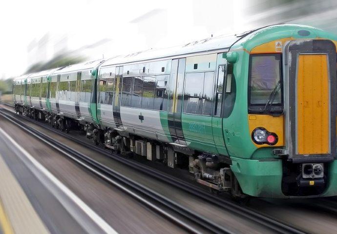 train cloud rail